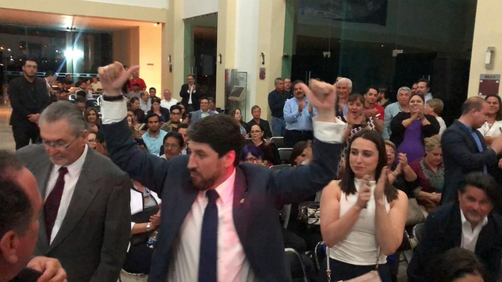 Con 298 votos a favor gana Edibray Gómez elección de CANACO