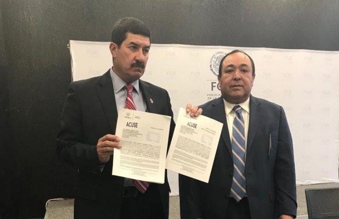 Presenta Corral denuncia ante la Fiscalía General de la República contra Elías Beltrán