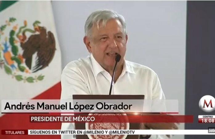 Anuncia AMLO suspensión de pago en caseta de Colima