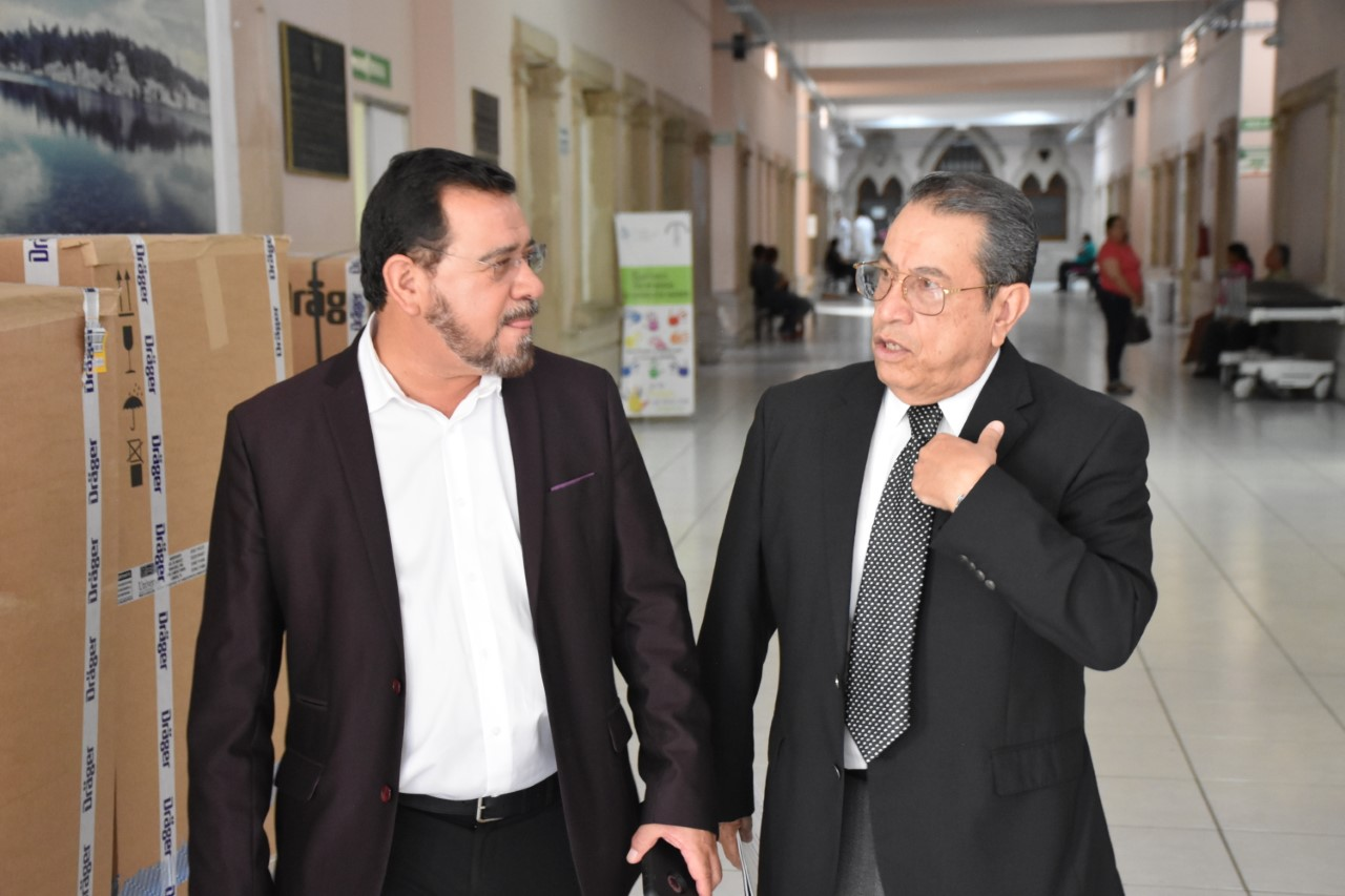 Supervisan diputado y secretario instalaciones del Hospital Central Universitario