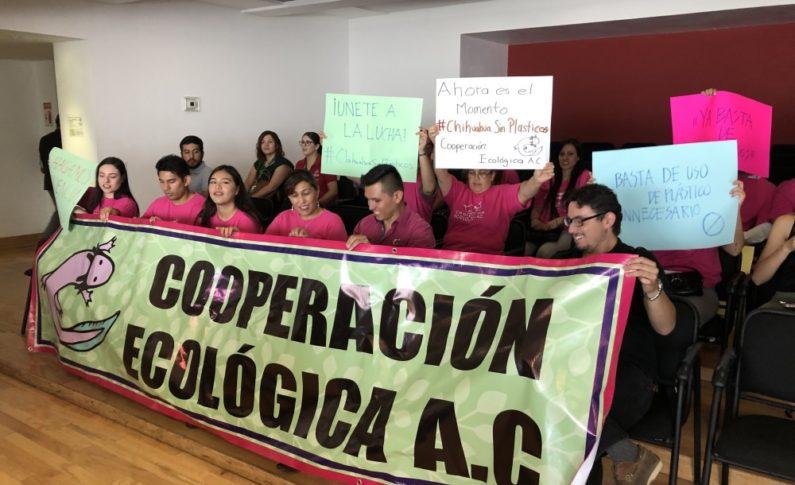 Pide agrupación Cooperación Ecológica prohibición de plásticos de un solo uso