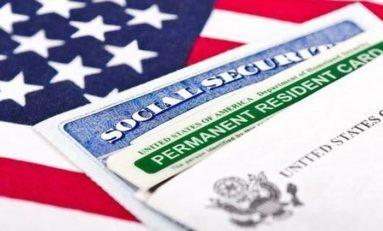 """EU anuncia que quitarán """"Green Cards"""" a quienes reciban ayuda del gobierno"""
