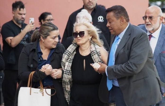 Sarita y las dos hijastras de José José lo manipularon y se quedaron con todoa su fortuna