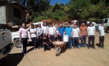 IMSS-Bienestar realiza acciones de limpieza en las comunidades serranas