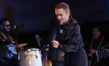 Alternará vocalista de Café Tacvba y Orquesta de Pérez Prado en la Plaza del Ángel