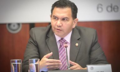 Lamenta Senador que se discutan reformas electorales en medio de una crisis en salud